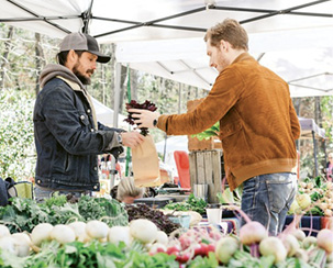 """Weekend Traditions: """"I'm all about the John's Island Farmers Market, the beach, or just spending quality time with my people."""""""