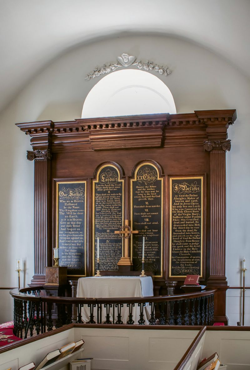 """Old St. Andrew's: The nomination for the National Register of Historic Places notes, """"The use of cast and wrought iron in the balustrade of the altar rail and pulpit is unique."""""""